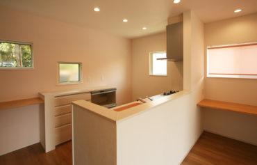 作業台を採用した暮らしを快適にする空間