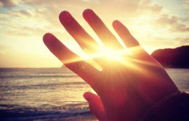 千葉の海と手のひら