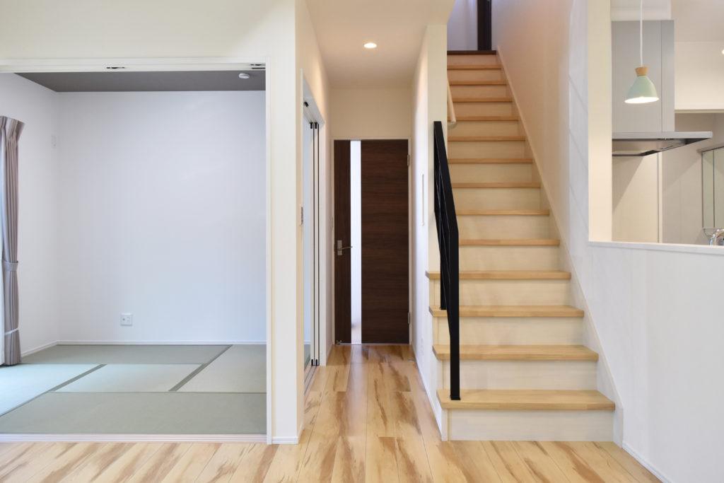 2019年6月17日社内検査を行った和室と階段