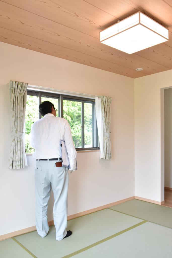 2019年6月18日社内検査にて和室の窓を検査