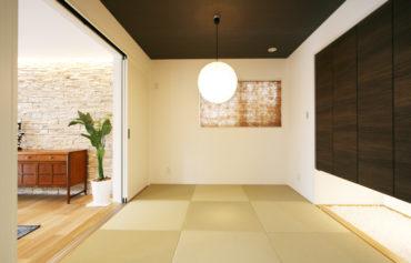 客間としても使用できる憩いの和室