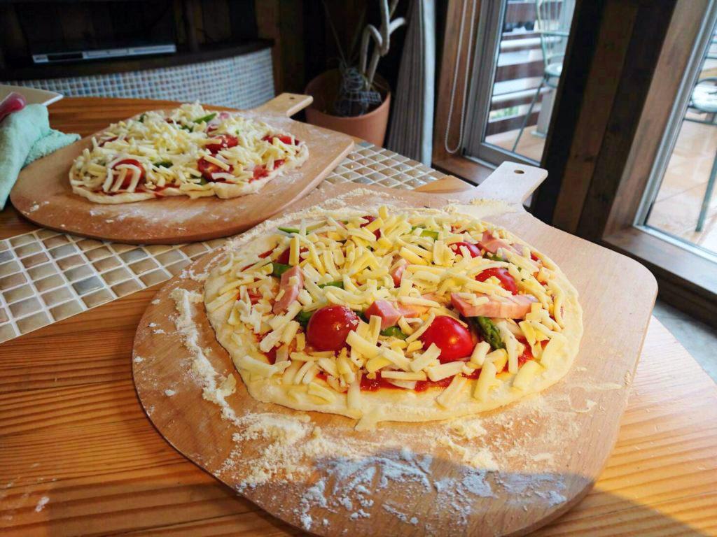 ピザ教室の手作りピザ