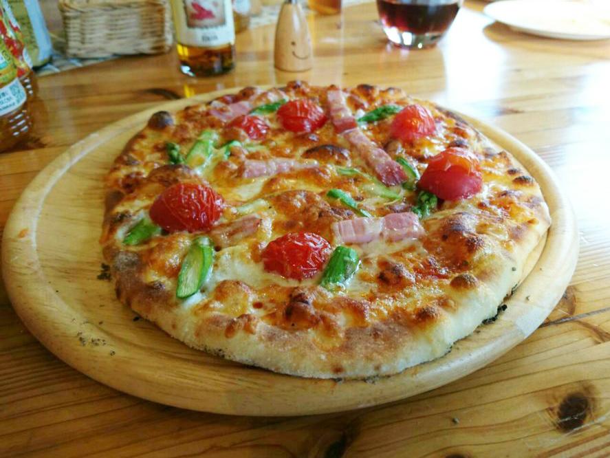 ピザ教室で作った手作りピザ