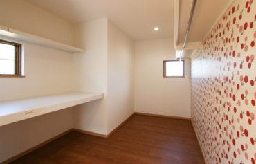 さくらんぼ柄の可愛い大容量の収納スペース