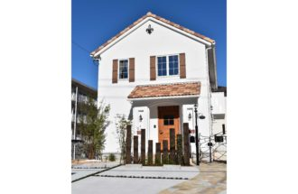 南欧風プロヴァンステイストの可愛くて住み心地の良い自然素材の家