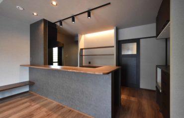 収納力とデザイン性を兼ね揃えたこだわりのキッチン。