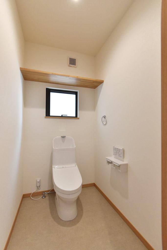 2020年7月27日社内検査_1.5帖のゆとりのあるトイレ空間