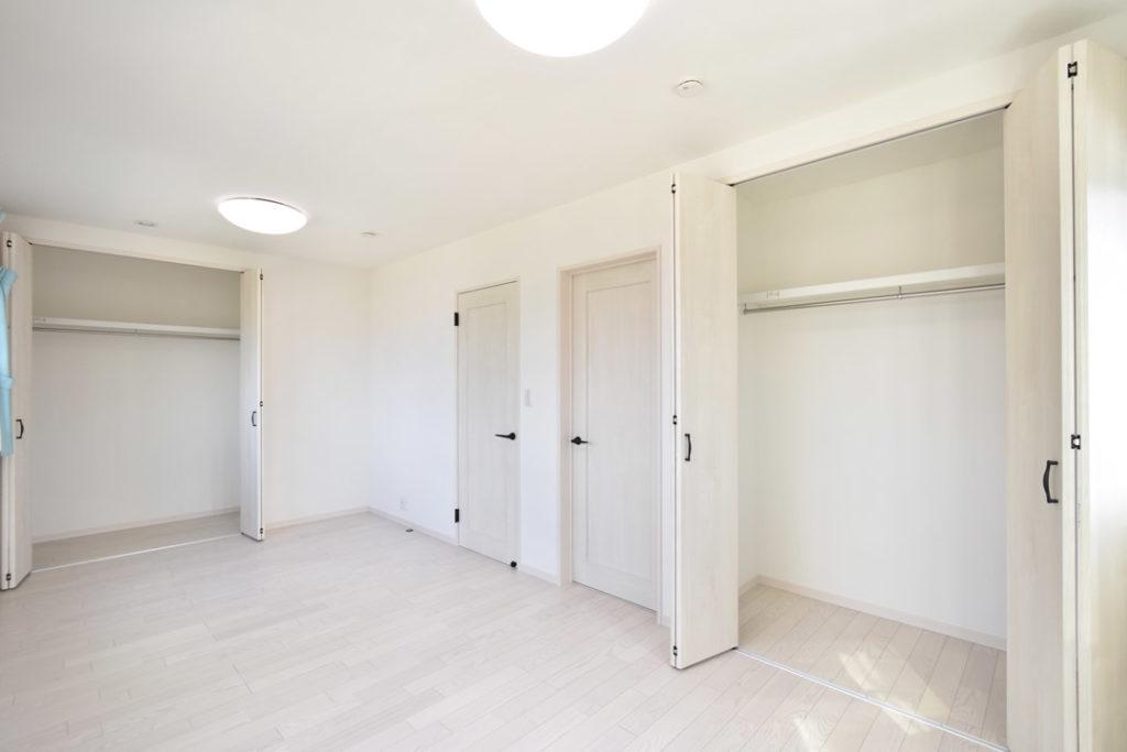 2020年8月21日社内検査_クローゼットを完備した洋室