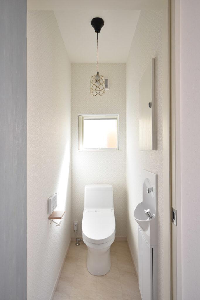 2020年8月21日社内検査_お洒落なトイレ空間