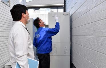 2021年2月4日JIOによる完了検査_外壁の点検をしている様子