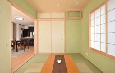 LDKと一体で使える、ゆったりくつろげる和室。