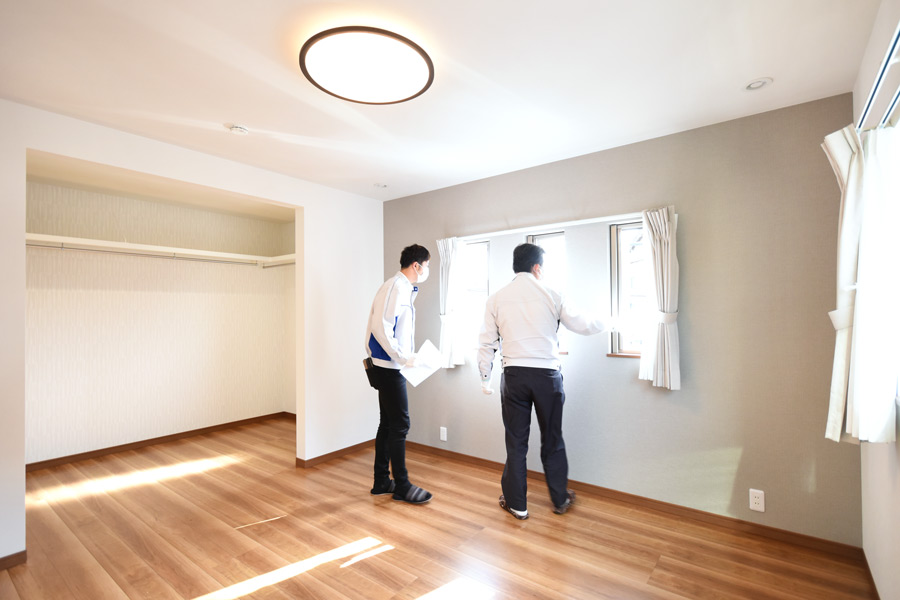 2021年3月18日社内検査_大きなウォークインクローゼットがある主寝室