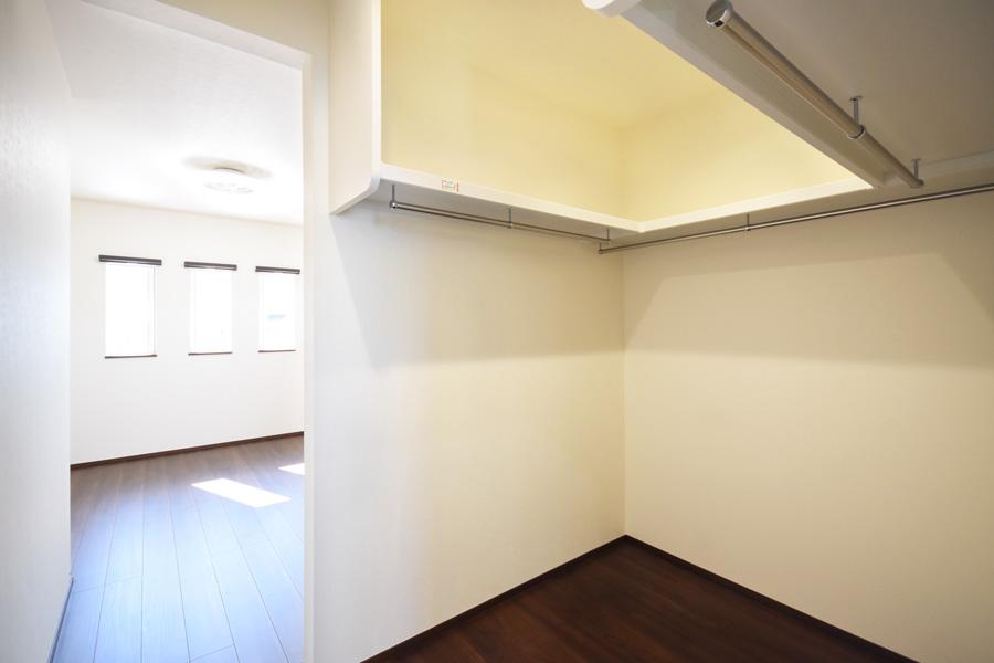 2021年3月15日社内検査_主寝室に併設するウォークインクローゼット