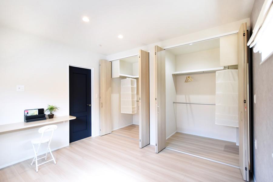 2021年4月30日社内検査_ウォークインクローゼットを完備した収納力のある主寝室